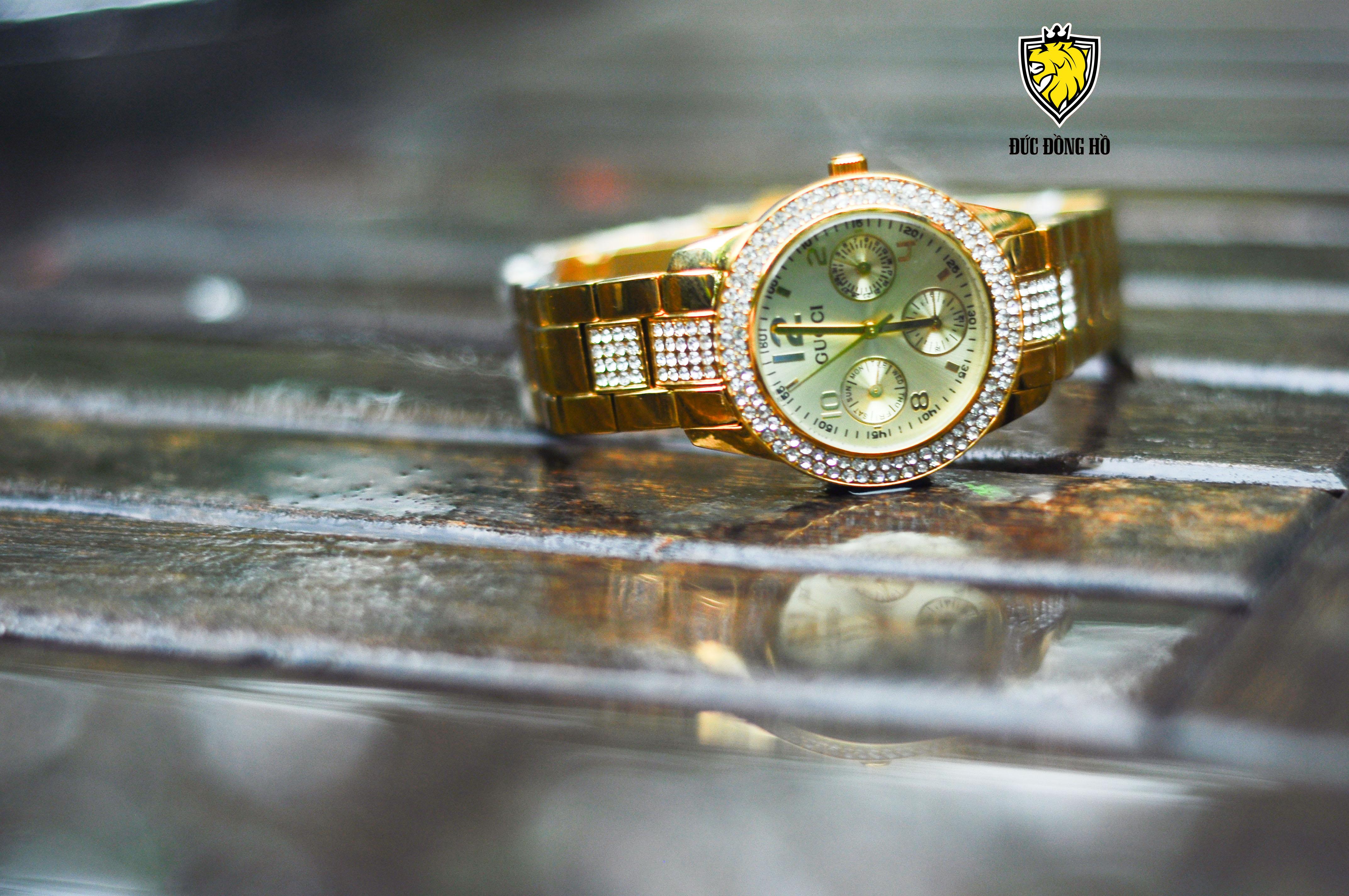 Đồng Hồ Gucci Nữ 102