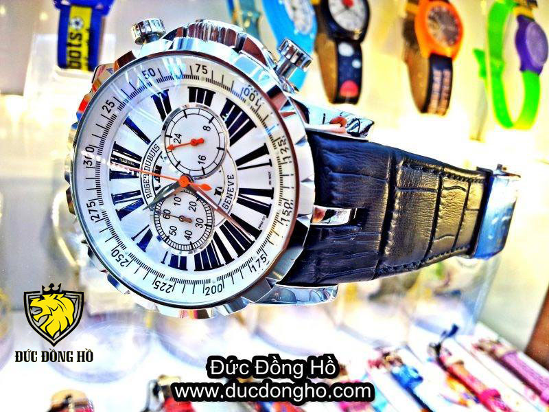 Đồng Hồ Roger Dubuis 102